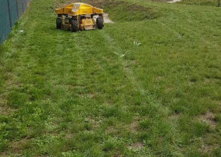 údržba trávníku a sekání trávy - 02.jpg
