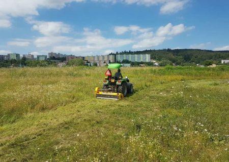 údržba trávníku a sekání trávy - 03.jpg